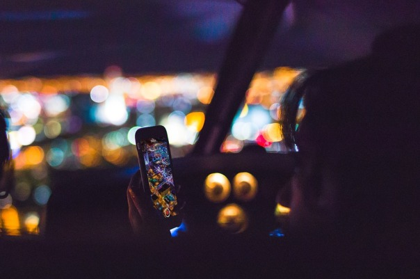 phone-in-car-night