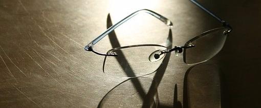 glasses metal