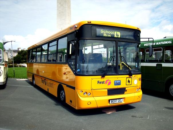 First_Student_UK_schoolbus.jpg